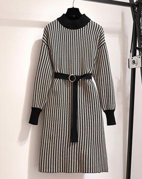 [메리데이] 멜로우 지그재그 벨트 니트 드레스